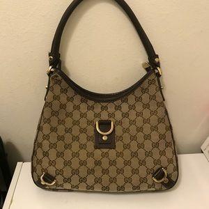 """Authentic Gucci women's purse size size 11""""x9"""""""